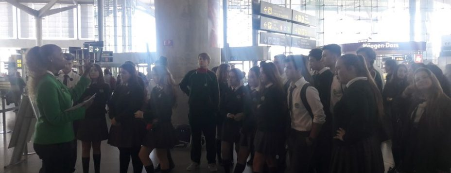 guided-visit-to-malaga-airport-1